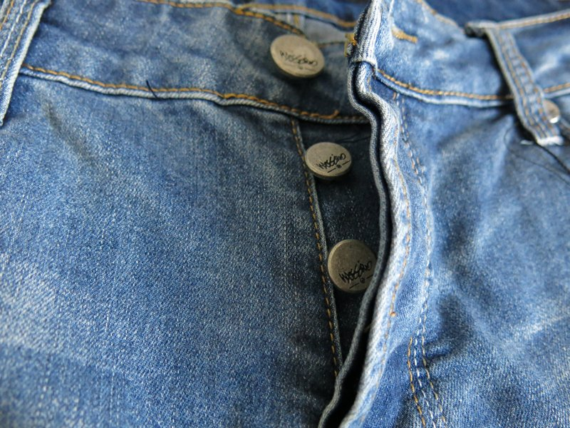 Levi Button Fly Slip into the comfy, on-trend style of Levi's® button-fly jeans. This classic look is sure to become a go-to in your everyday rotation.