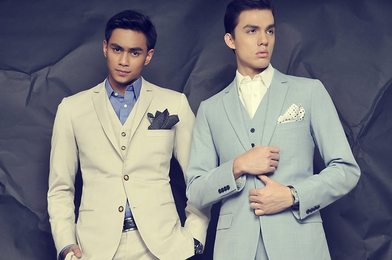 Colored Suits for Men (3)