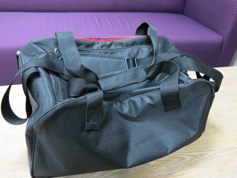 Tyler Overnight or Gym Bag (4)