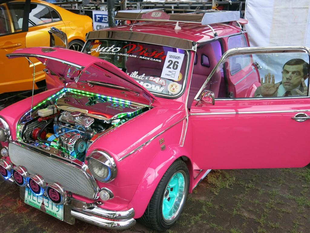 Neon Colored Cars (2)