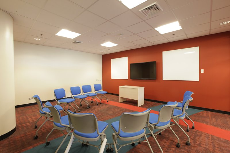 m_Huddle Room