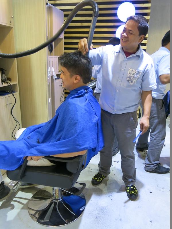 HQ Barbershop Vacuum