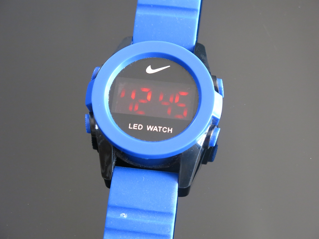 Digital LED Watch (3)