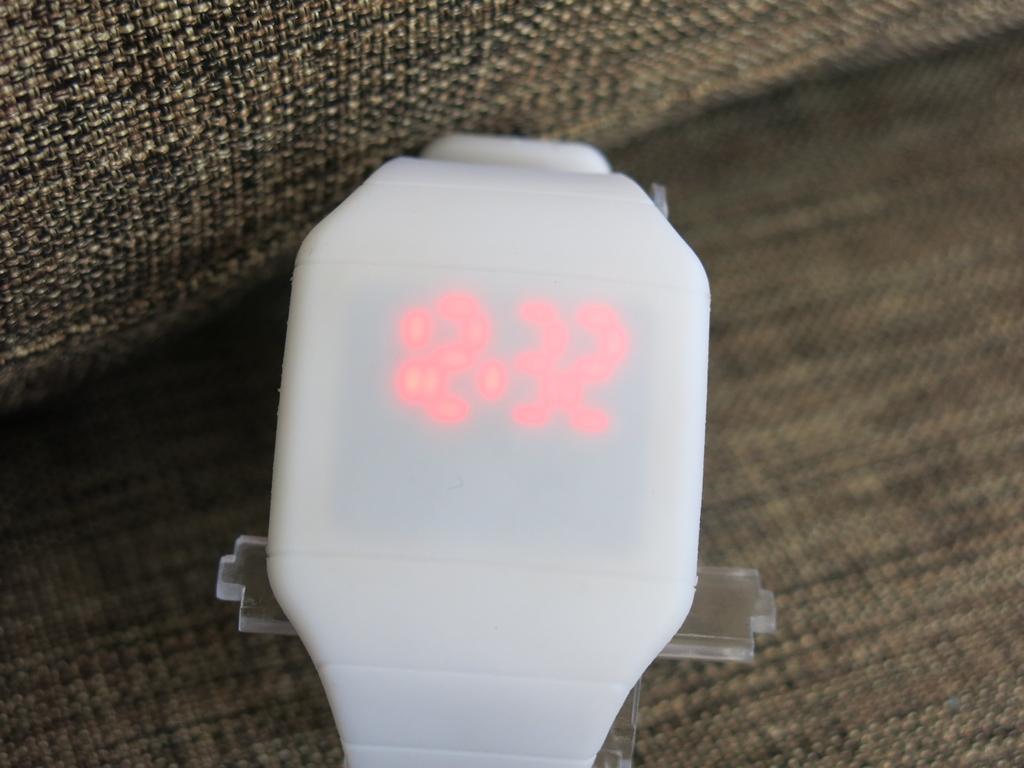Digital LED Watch (6)
