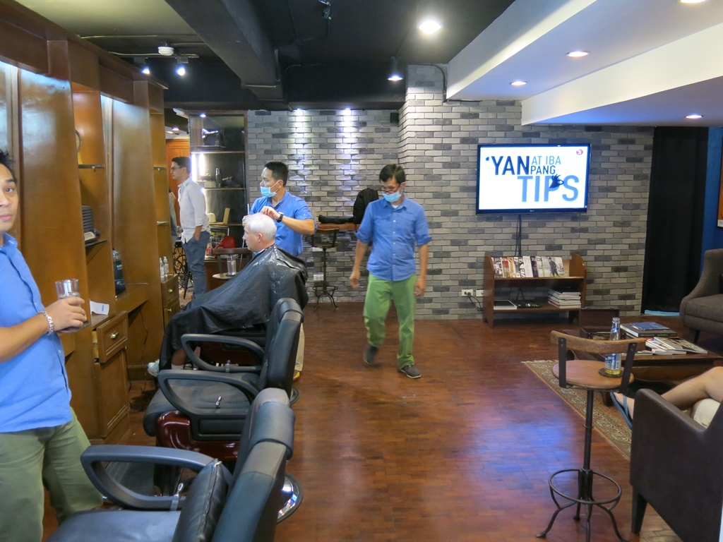 Felipe & Sons Barberdashery (28)