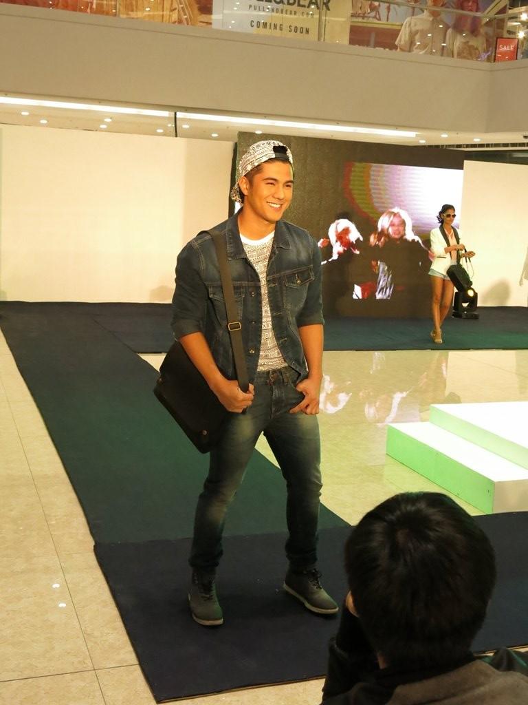 Forever 21 Men's Fashion Rainy Season Denim Philippines