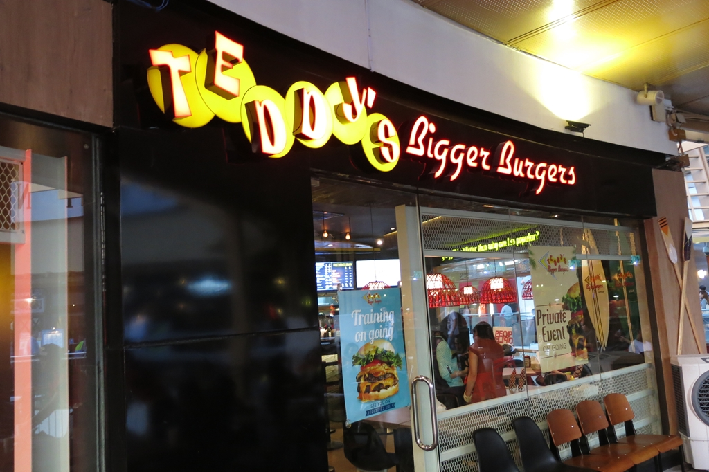 Teddy's Bigger Burgers (8)