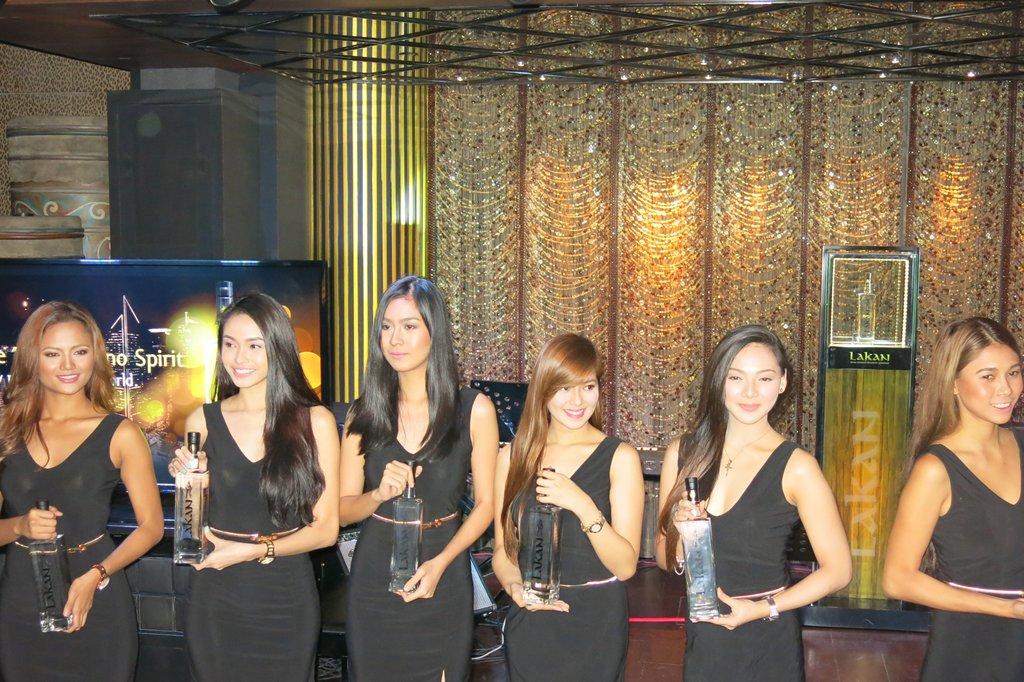 Lakan Extra Premium Philippine Lambanog (14)