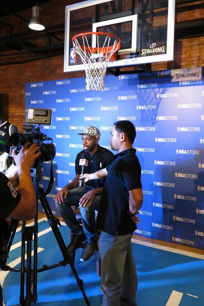 Rip Hamilton in Manila for NBA Store Philippines