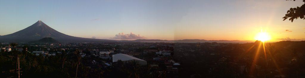 Mayon Legazpi Sunrise Panorama