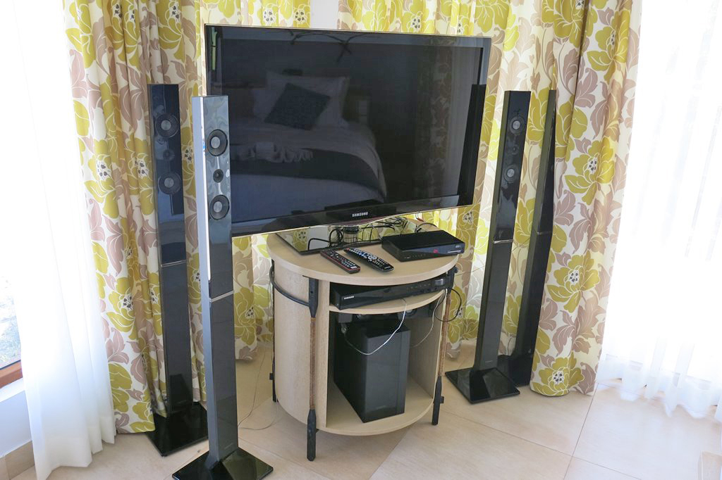 Misibis Bay Home Theater
