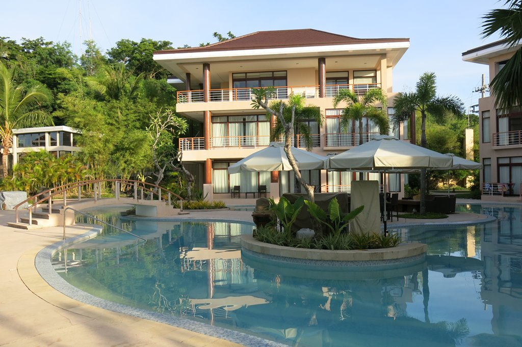 Misibis Bay Swimming Pools (2)