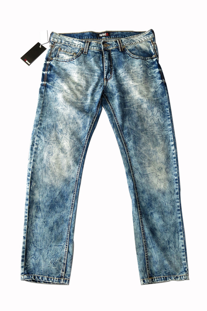 Markus Washed Out Denim for Men (01)