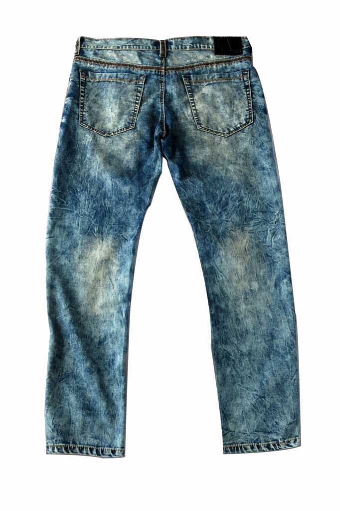 Markus Washed Out Denim for Men (5)