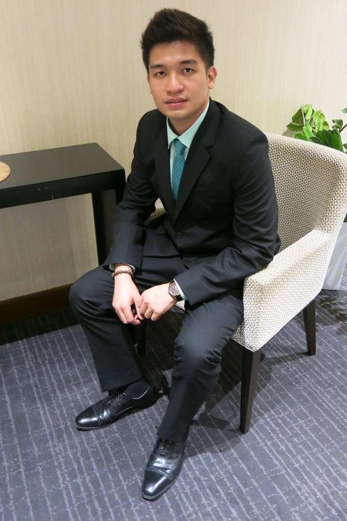 Exclusively His Men's Suit for Wedding (3)