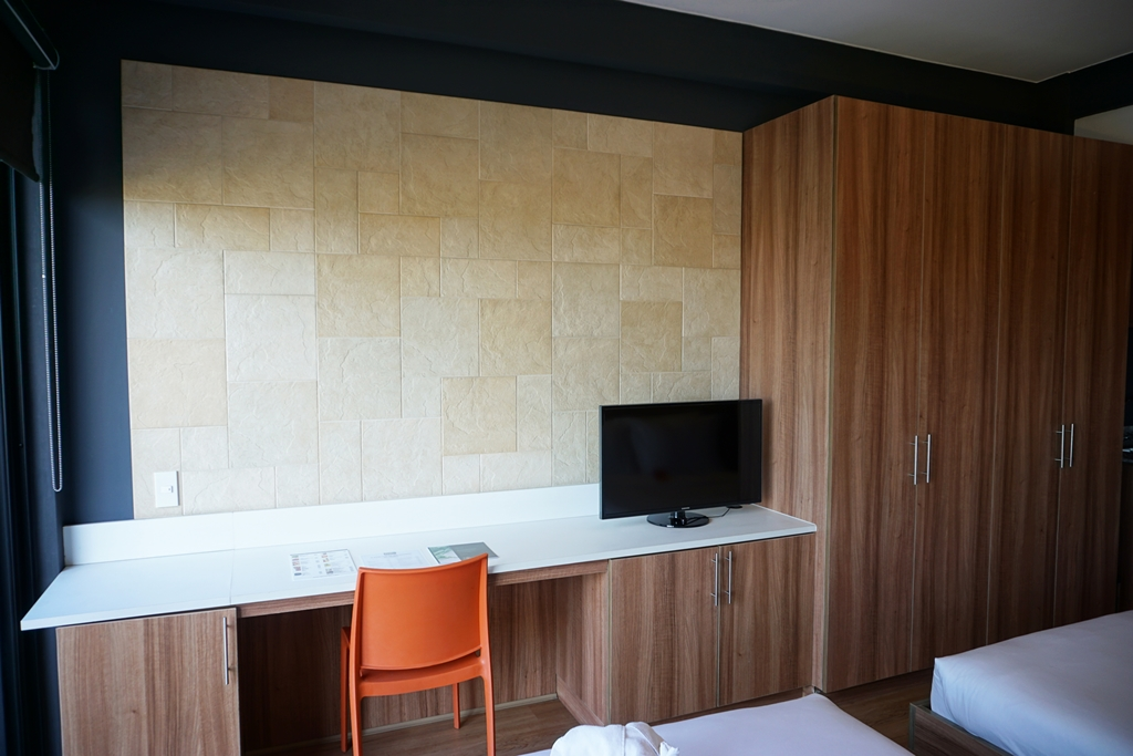 Azumi Boutique Hotel Double Queen Room (2)