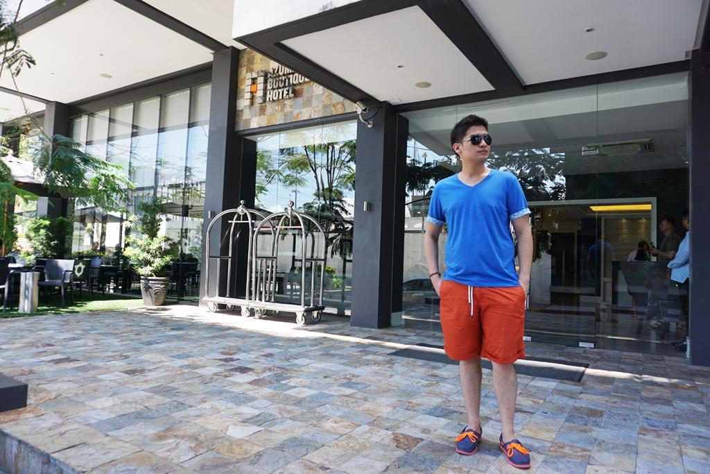 Azumi Boutique Hotel - Front