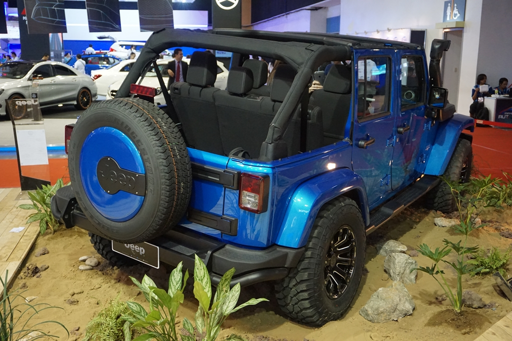 Jeep Sahara Wrangler Unlimited (3)