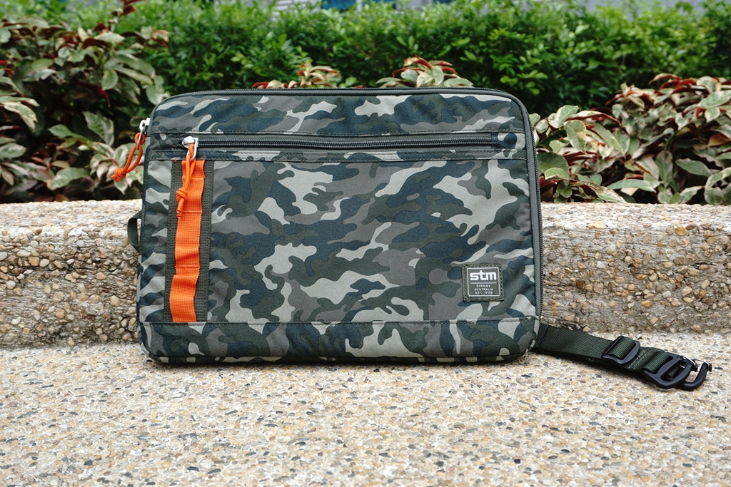 STM Arc 13-inch Laptop Sleeve Camouflage 2