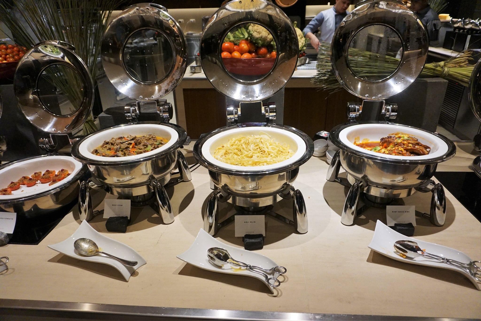 conrad-manila-buffet-2