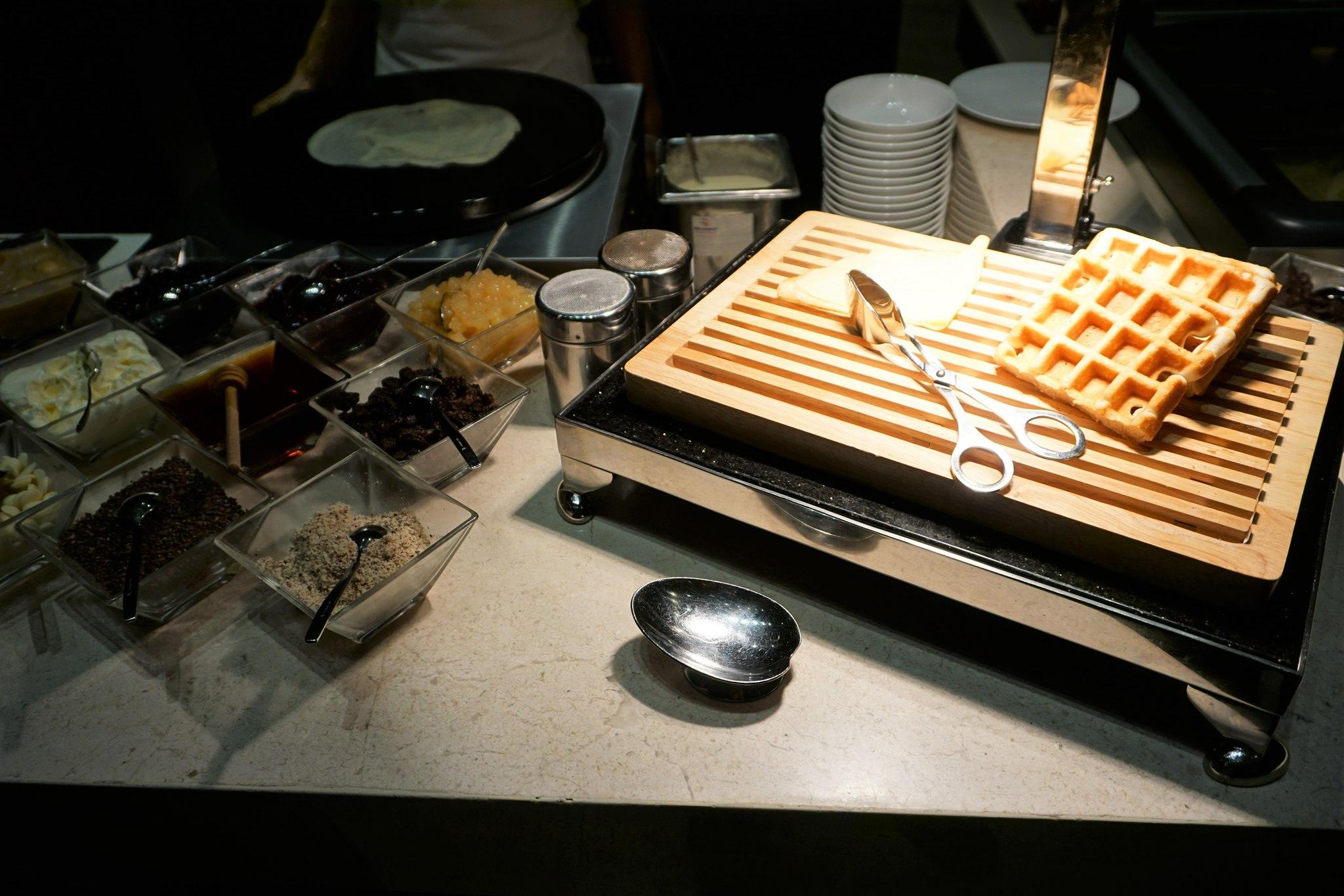 desserts-at-conrad-manila-brasserie-on-3-1