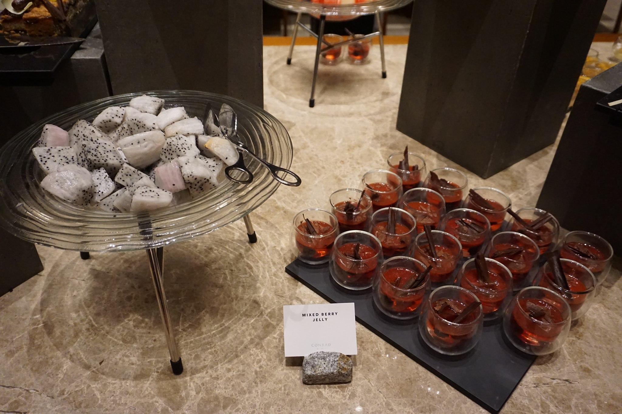 desserts-at-conrad-manila-brasserie-on-3-2