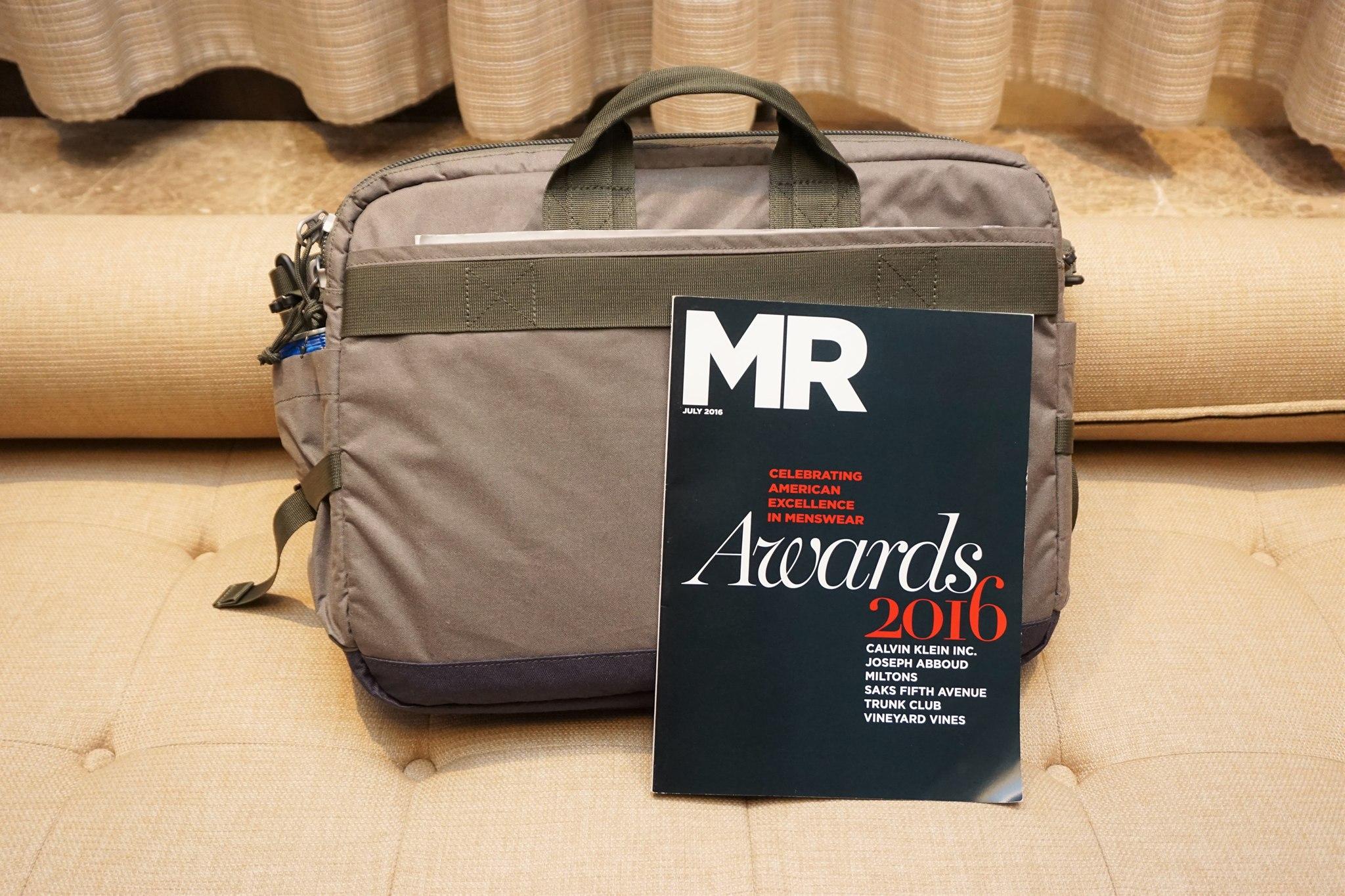 stm-trust-15-inch-laptop-messenger-bag-11