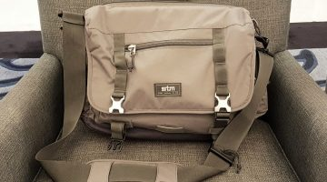 stm-trust-15-inch-laptop-messenger-bag-thumbnail