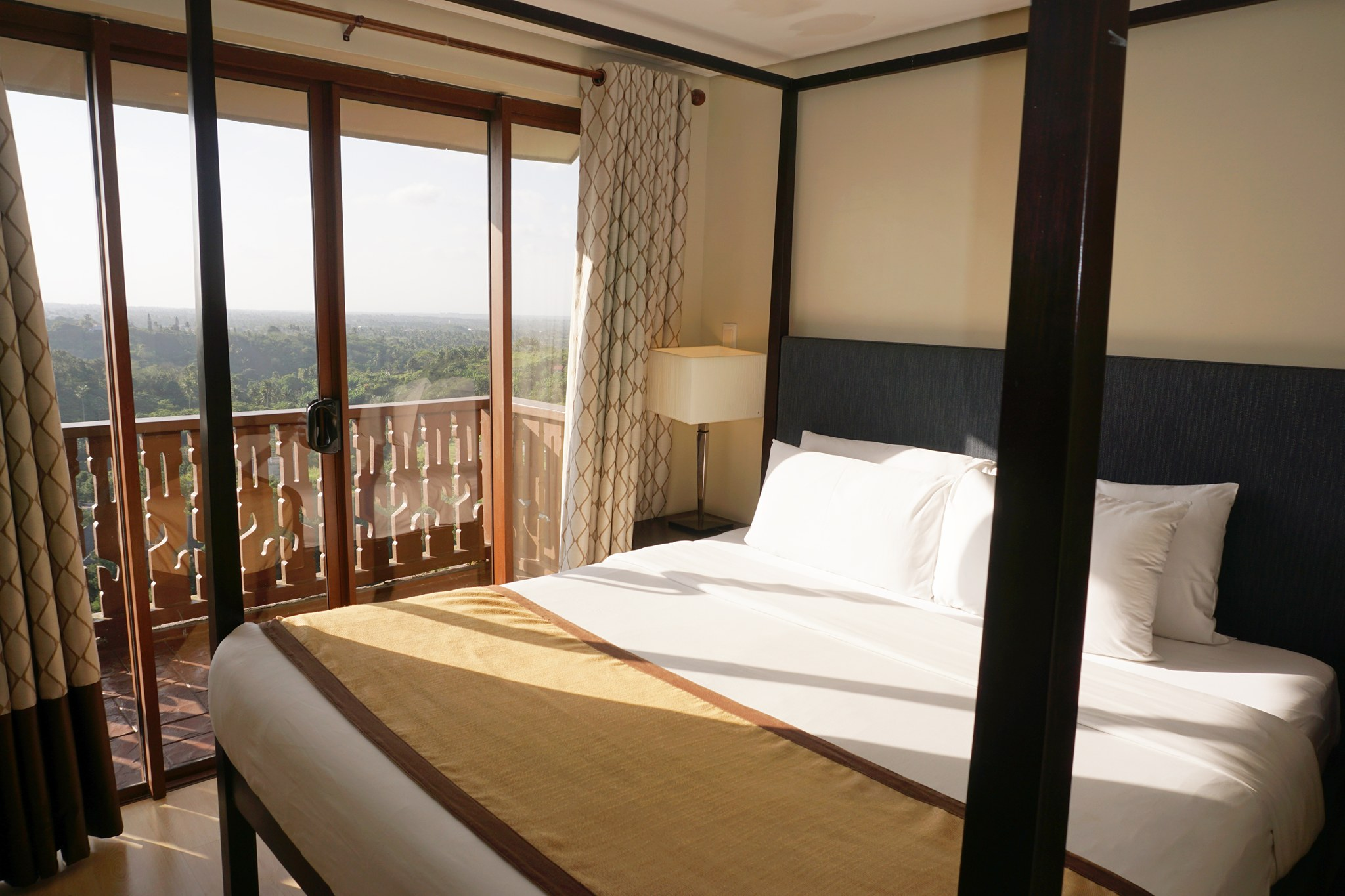 Marvelous The second bedroom like the master us bedroom also features a queen size bed Although it does not have a balcony it has a window where you can still