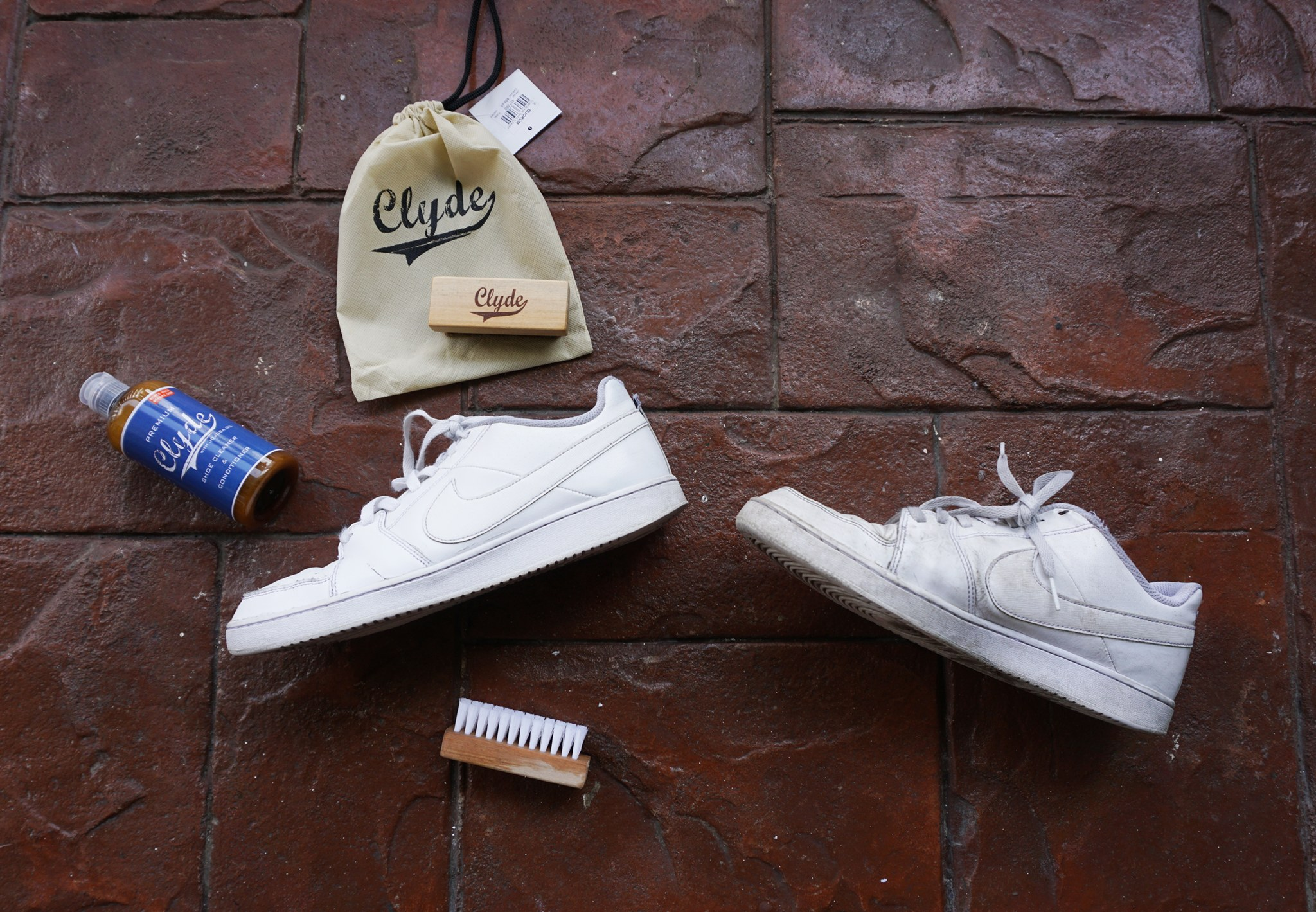 Clyde Shoe Cleaner White Shoes