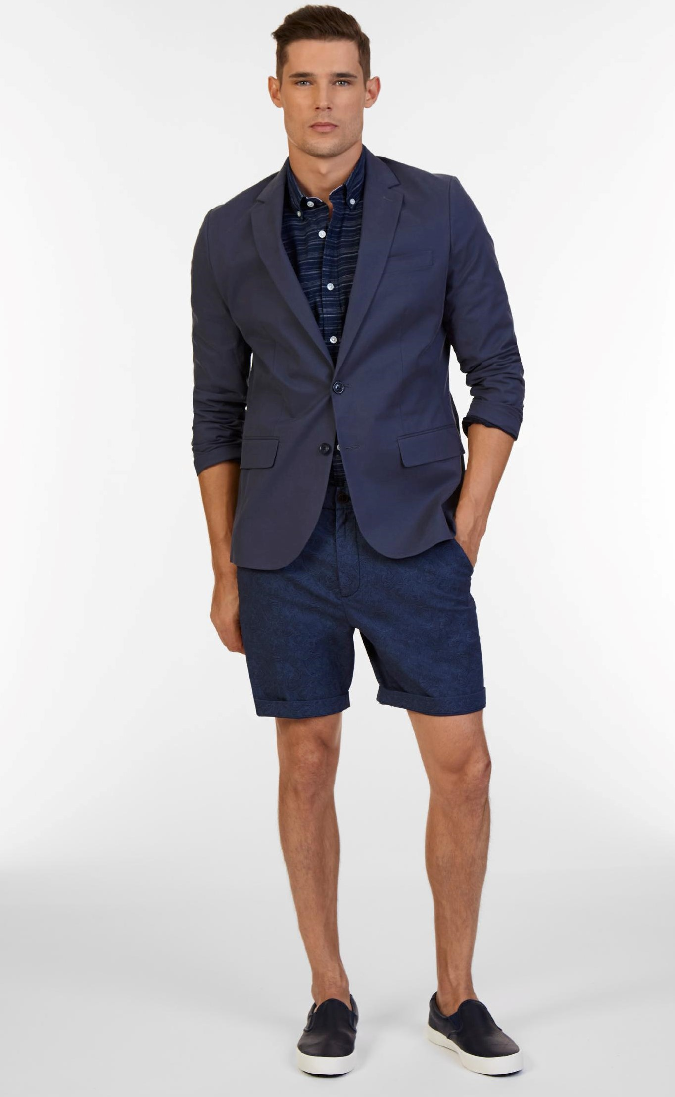 Guy Guide: What To Wear For Beach Weddings